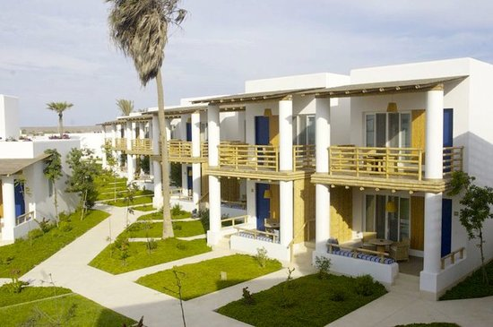 Hotel Paracas, a Luxury Collection Resort: Vista de habitaciones de segunda fila