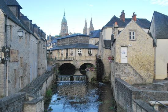 Logis Les Remparts -  Bed and Breakfast: Beautiful Bayeux