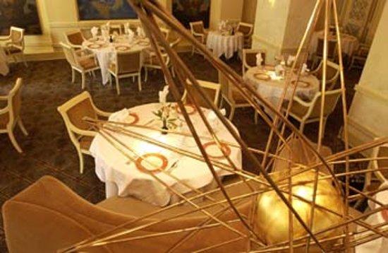 Vincenzo S Italian Restaurant The Dining Room