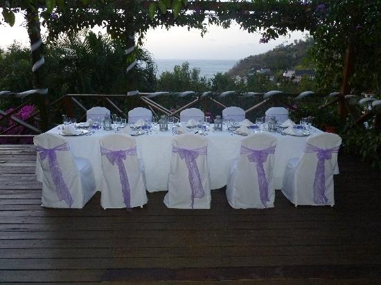 Villa Capri: Wedding reception set up