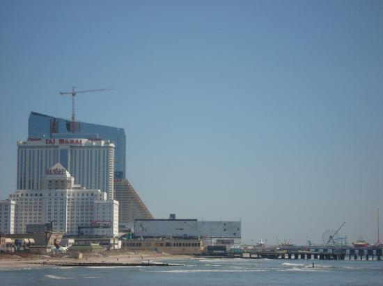 The Pier Shops at Caesars: View of AC Skyline from end of Pier