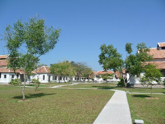 Amantaka: Courtyard