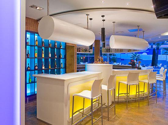 Hotel RH Royal: Bar Royal