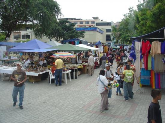 Манта, Эквадор: Craft Market in Manta
