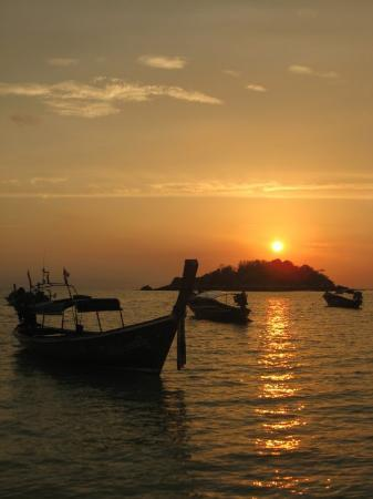 Satun, Tailandia: ยามเช้าน่ะ ...