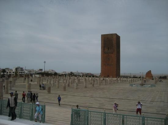 Hassan Tower : torre Hasan -Rabat