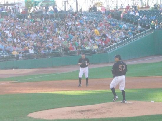 Bilde fra Louisville Slugger Field