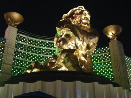 MGM Grand Hotel and Casino: MGM Grand