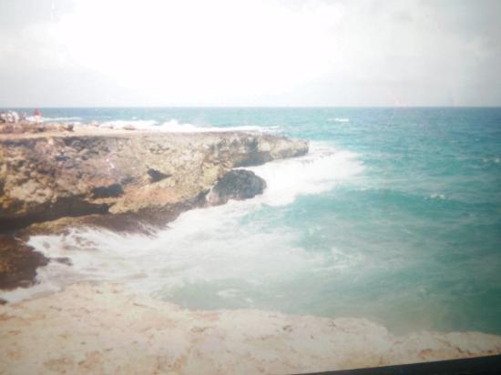 Arashi Beach: beauitful water of aruba..