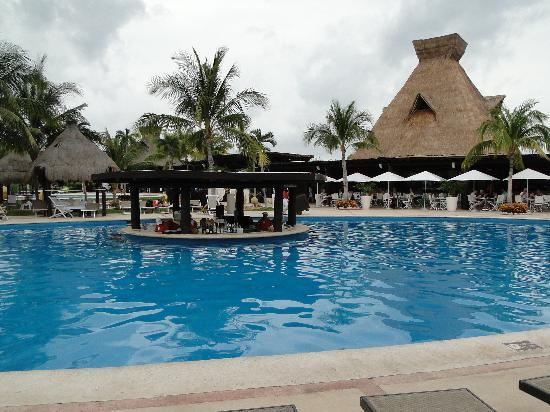 Ocean Breeze Riviera Maya Hotel: A shuttle away, the main pool