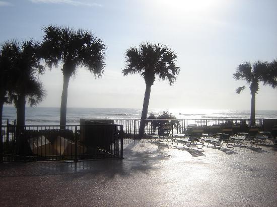 Tropic Sun Towers Condominium: Beautiful sunrise view from my patio door!