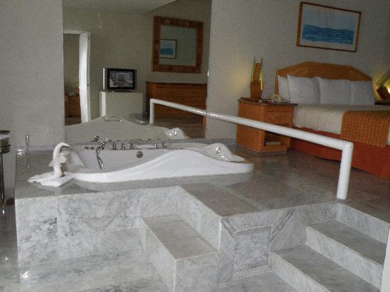 Jacuzzi In Master Suite From Tour Picture Of Sunset Royal
