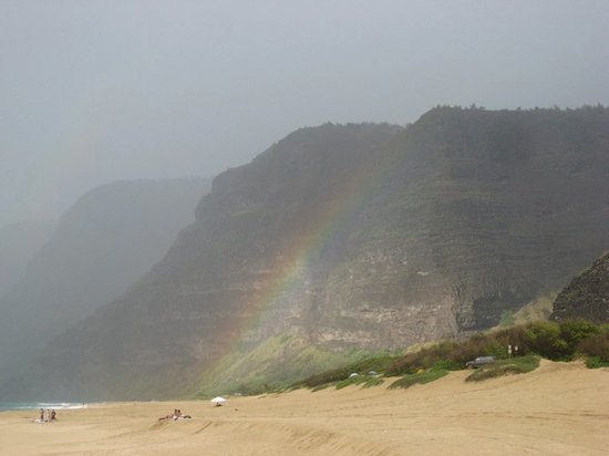 Kekaha, HI: Rainbow on the beach.....walked under it.....no gold, must be at the other end