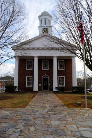 Hillsborough, NC: The court house in the middle of town.