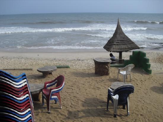 Labadi Pleasure Beach: La Tawala Beach