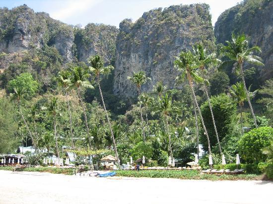 Centara Grand Beach Resort & Villas Krabi: Stunning setting