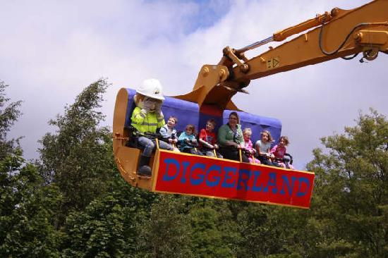 A Preview of Diggerland USA, America's First Construction Themed ...