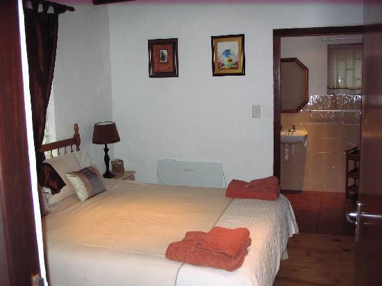 Masescha Country Estate: Sunbird Bedroom