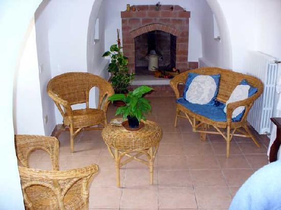 Bed and breakfast valle incantata all 39 alba hotel reviews price comparison martina franca - Giardino degli aranci martina franca ...