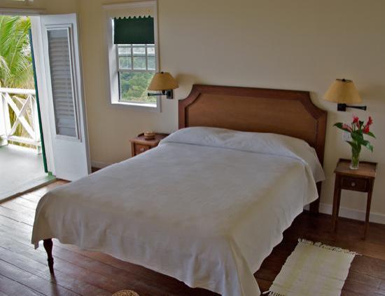 Beau Rive: Room 3