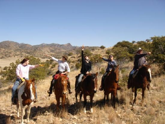 Price Canyon Ranch: All the girls and Carl in his element