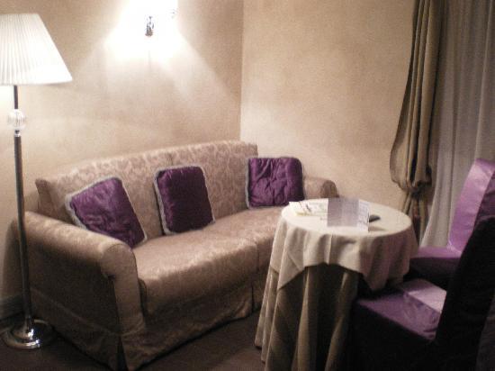 Hotel Antiche Figure: Le petit salon