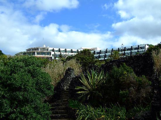 Caloura Hotel Resort: Cliff top hotel