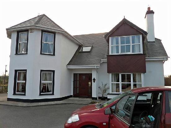 Castleisland, Ireland: Front of B&B