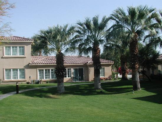 Cimarron Golf Resort: Our unit from the commons