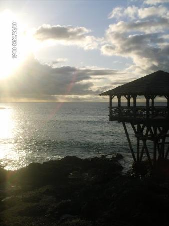 Marine Club Beach Resort: Tramonto sul villaggio