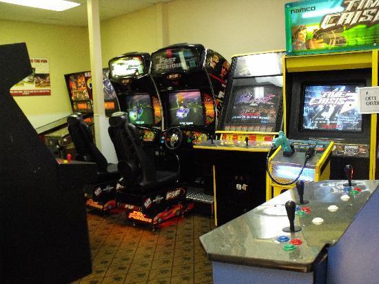Liki Tiki Village: Arcade