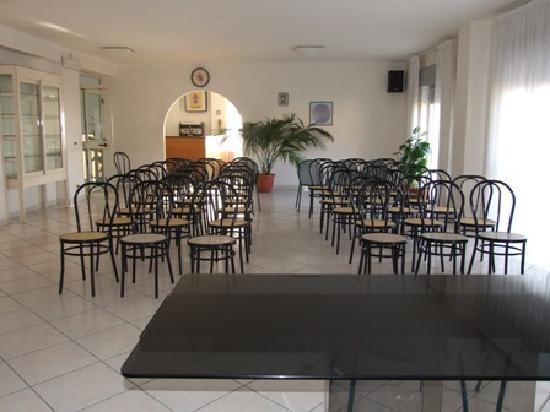Hotel Morgantina Aidone : sala Meeting