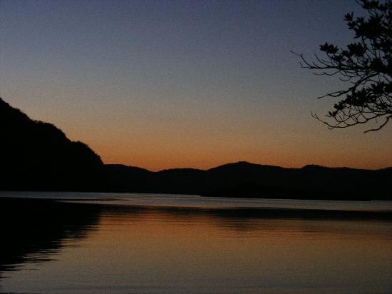 Majika's Island Resort: sunset