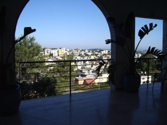 Hajfa, Izrael: So we went up to Haifa (on the Mediterranean Sea) for a couple of days to a 24 hr, 3 day prayer