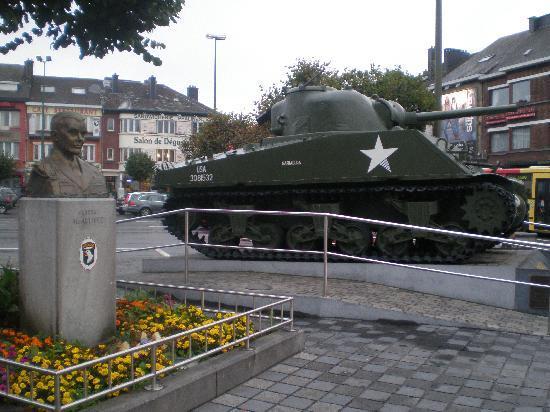 Plaza principal de Bastogne