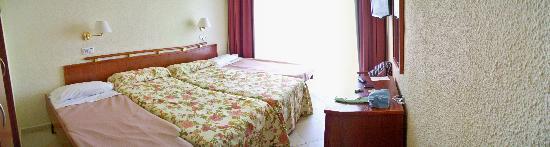 Hotel Augustus: habitacion 323