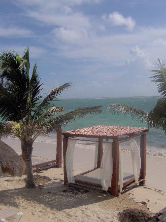 Azul Beach Resort Riviera Maya: Lit de plage