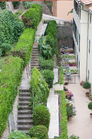 Esplendido Hotel: terrace gardens at the rear of the hotel
