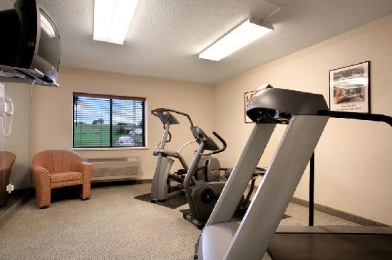 Baymont Inn & Suites Sioux Falls: Baymont Exercise Corner