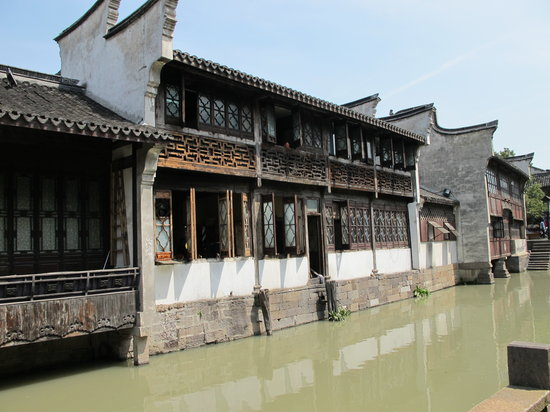 ‪‪Tongxiang‬, الصين: Wuzhen, maison au bord du canal‬