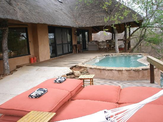Makalali Private Game Reserve, África do Sul: Great place for a siesta before the afternoon game drive