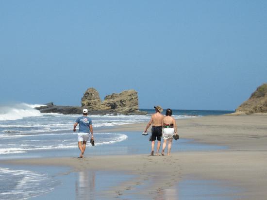 Buena Onda Beach Resort: Playa Santana