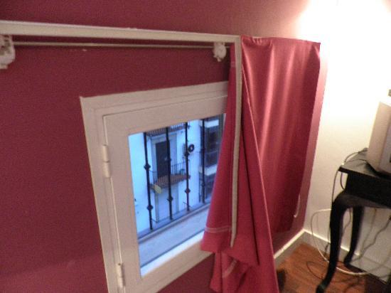 cortina con velcro: fotografía de Hospederia Fuentenueva, Baeza
