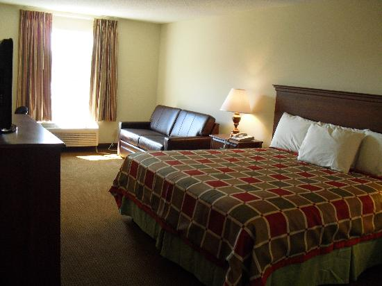 Days Inn by Wyndham Greensboro NC: Nice Room