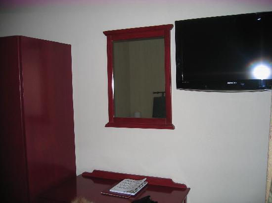 Hotel Bigarre : un ecran plat sans télécommande