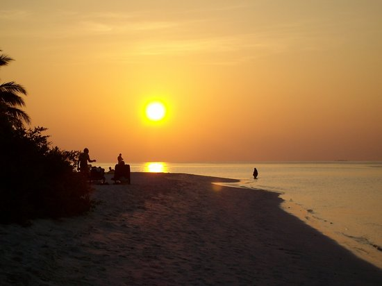Vilamendhoo: tramonto spettacolare vicino al Sunset bar