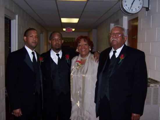 Greensboro, Kuzey Carolina: My Family....Daddy, Ma, Duce