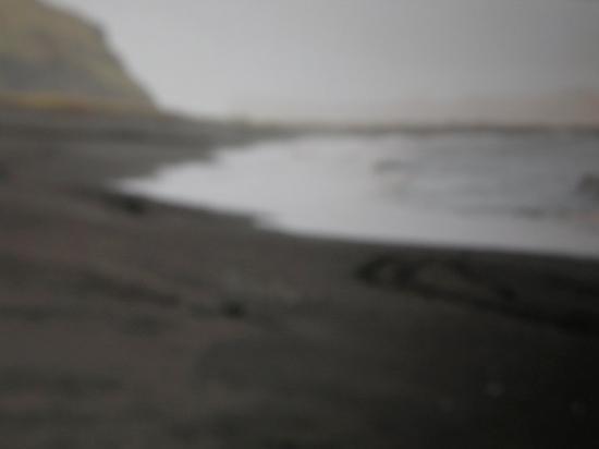 Vik, Island: la prima spiaggia interamente nera che vedo...