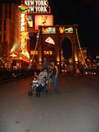 Adventure Photo Tours: City of lights at night..