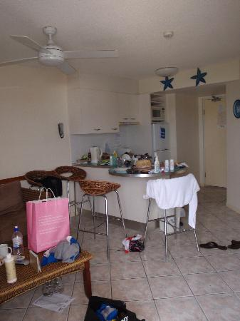 Nautilus Mooloolaba: Living area (the mess is just our stuff)